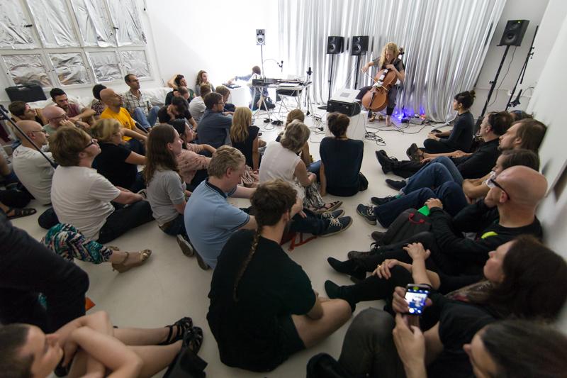 """Event """"Cluster #1"""" im Rahmen des Project Space Festival im Labor Neunzehn"""