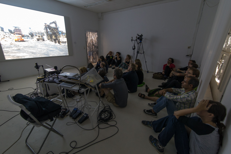"""Event """"Cluster #1"""" im Rahmen des Project Space Festival im Labor Neunzehn. Foto: André Wunstorf"""